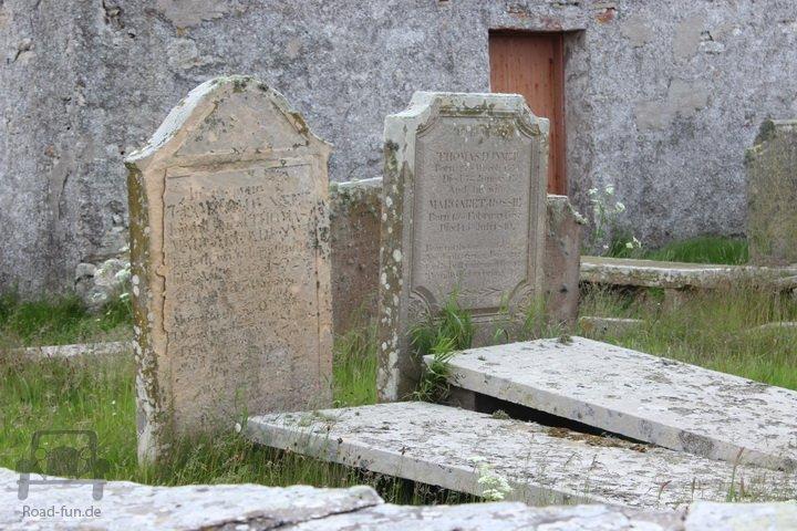 Alte Grabsteine, Friedhof England